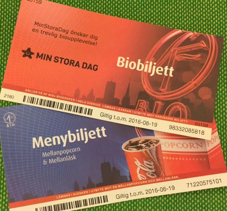 Regeringen chockhöjer priset på biobiljetter