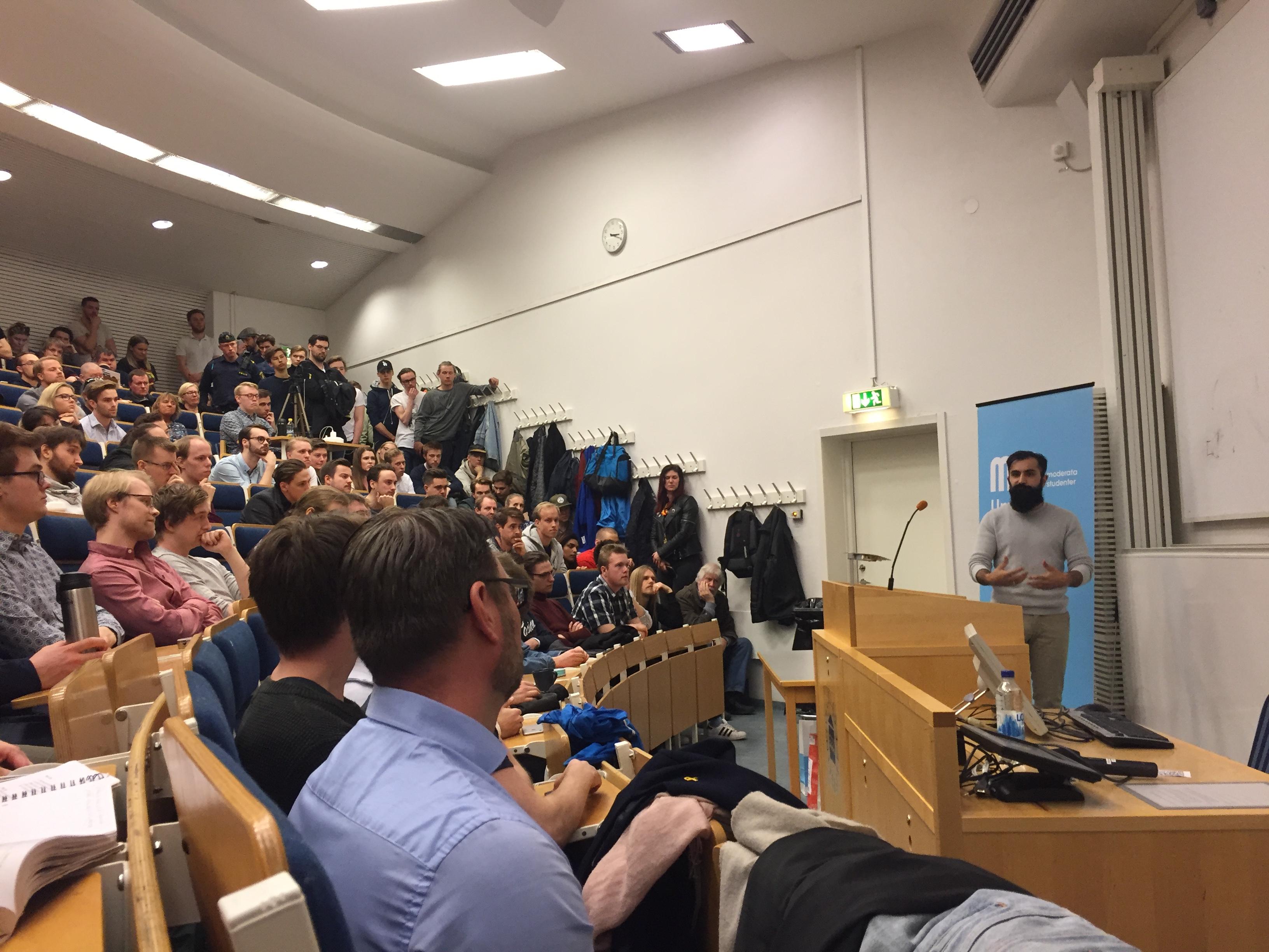Hanif Bali (M): Anledningen till att invandrare inte får jobb är inte att Sverige är rasistiskt